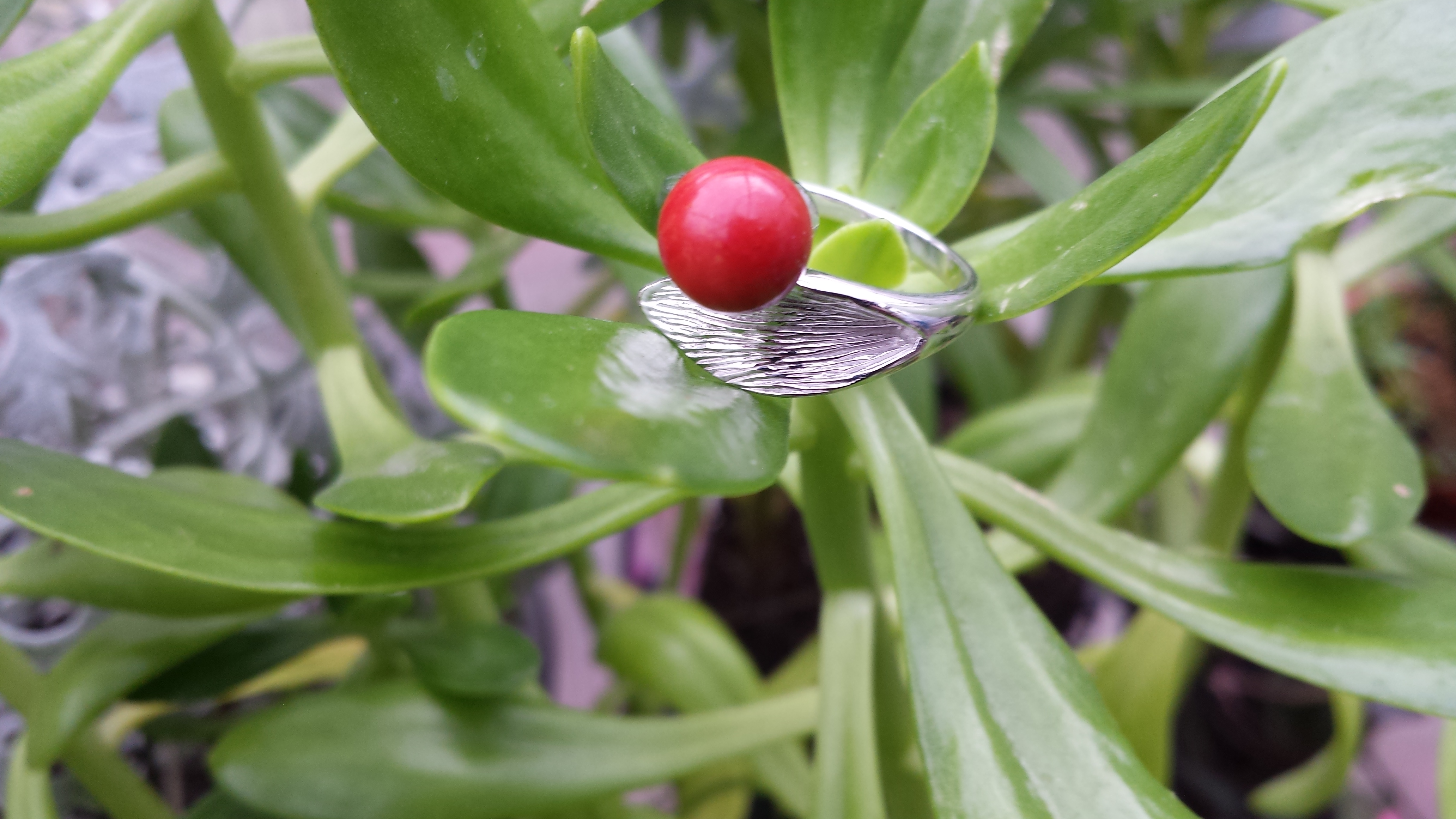 GREAT GEMSTONE ROUND CORAL RING 925 STERLING SILVER